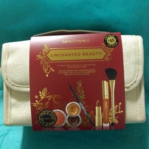 Bare Minerals Enchanted Beauty Set New!